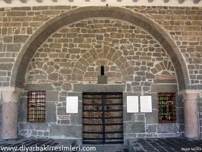 81_-_meryemana_kilisesi-diyarbakir-fot.nejat_satici.jpg