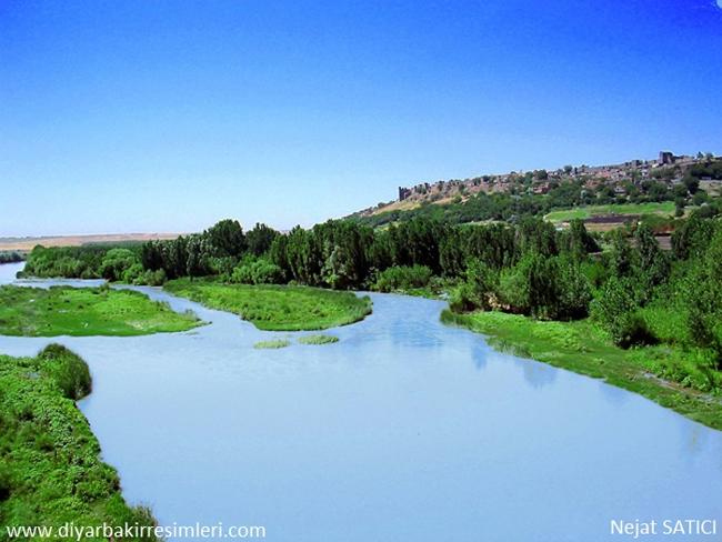 diyarbakir-kalesi-dicle-nehri-_fot.nejat_satici-.jpg