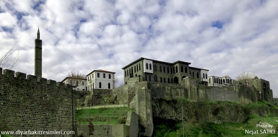 diyarbakir-kalesi-diyarbakir-saraylari-fot.nejat-satici_.jpg