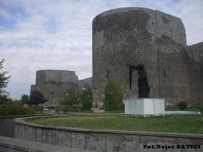 diyarbakir_kalesi6-fot.nejat_satici.jpg